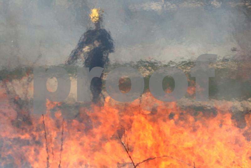 dc.0410.controlled burn08