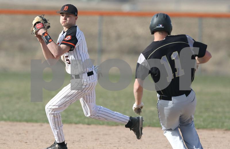 dc.sports.0410.syc dek baseball02