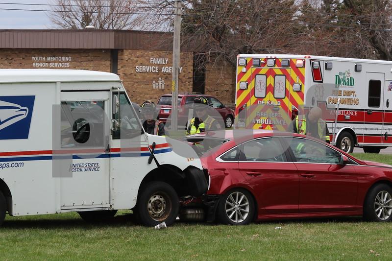 dc.0413.mail truck crash