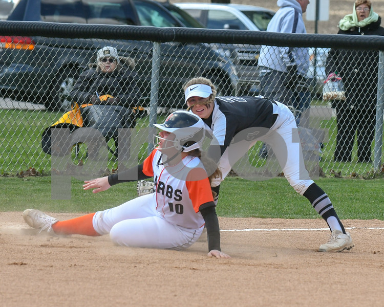 dc.sports.0415.kaneland dek softball01