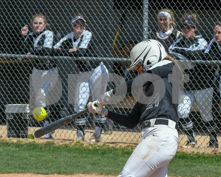 dc.sports.0415.kaneland dek softball21