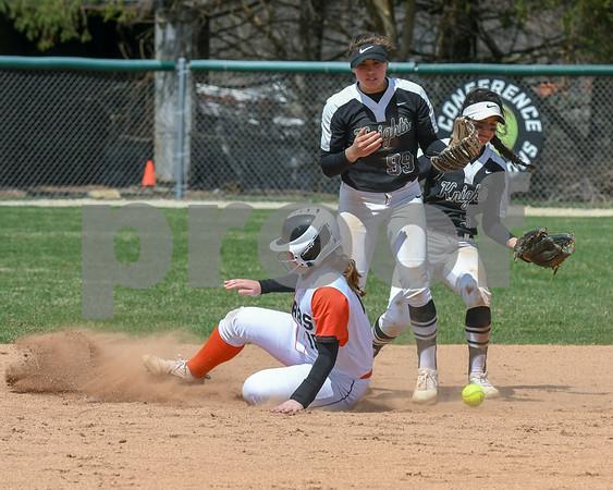 dc.sports.0415.kaneland dek softball13