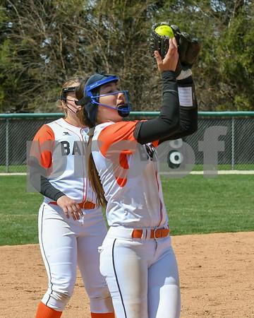 dc.sports.0415.kaneland dek softball25