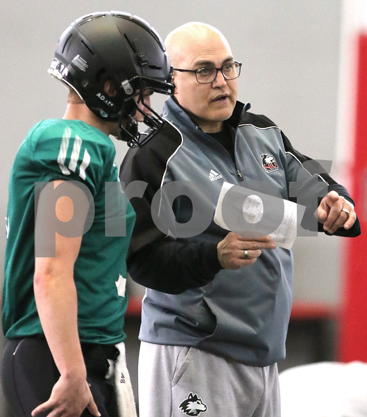dc.sports.0418.NIU OC
