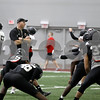 dc.sports.0416.niufootball8