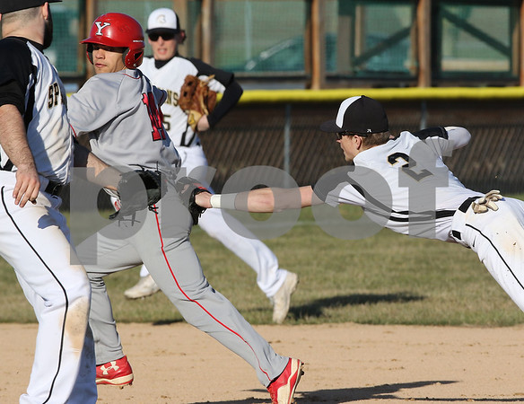 dc.sports.0420.sycamore yorkville baseball08