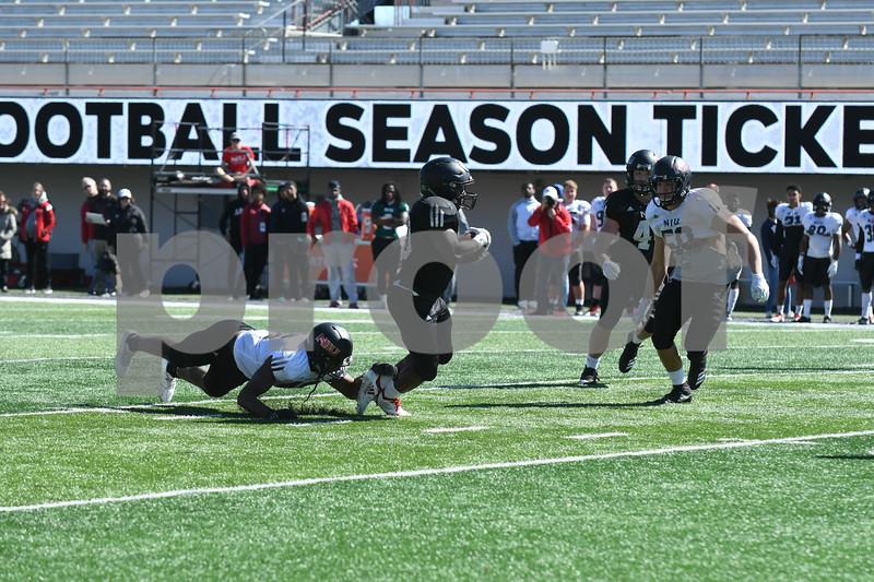dc.sports.0422.niu football huskie bowl13