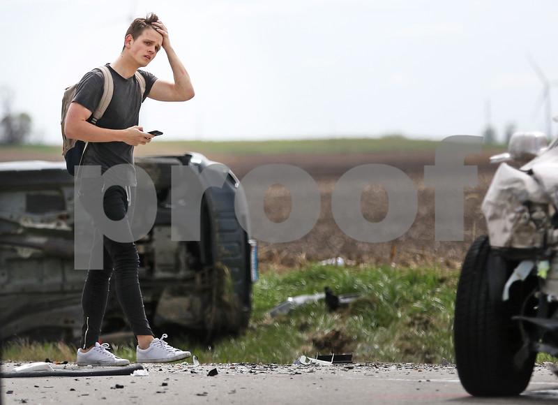 dnews_0421_Rollover_Crash