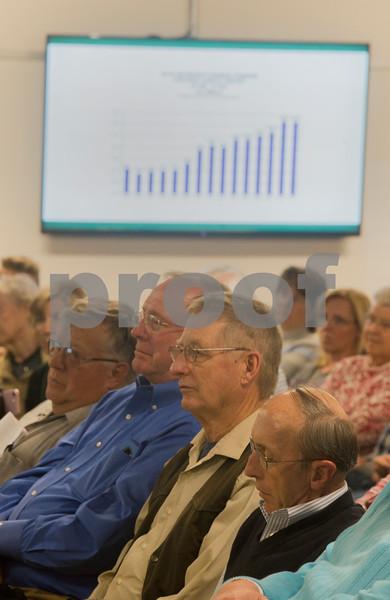 dnews-424-budgetmeeting3