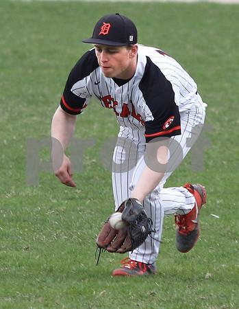 dc.sports.0425.kane dek baseball02
