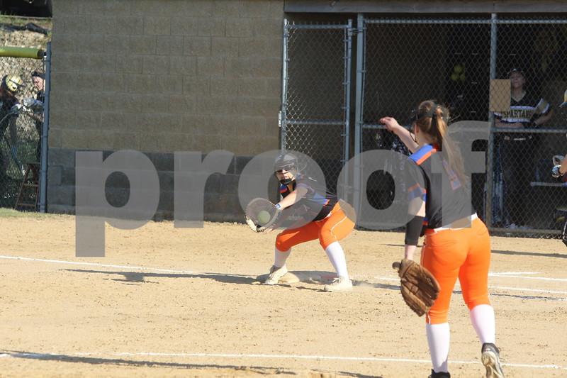 dc.sports.0426.sycamore gk softball