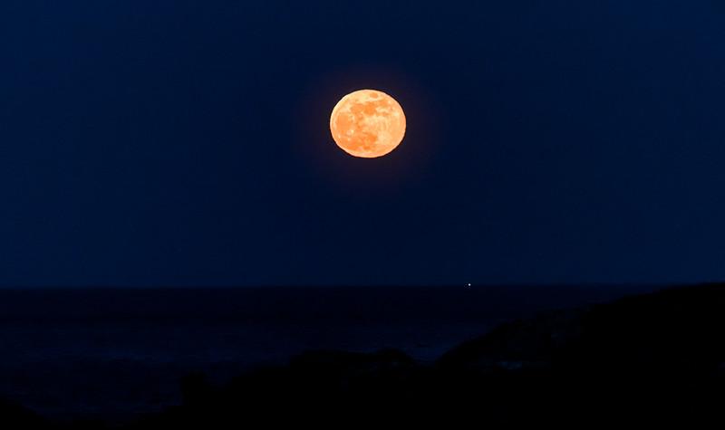 5 7 20 Nahant full moon 1