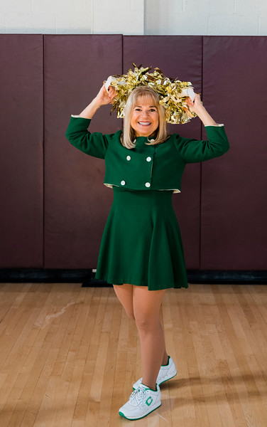 5 7 21 Lynn cheerleader Joan Wiendczak 2