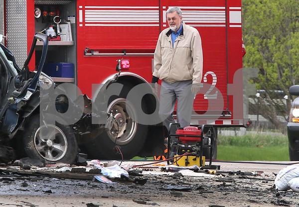 dc.0502.DeKalb crash03