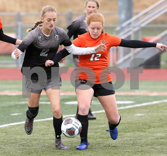 dc.sports.0503.dek kane soccer11