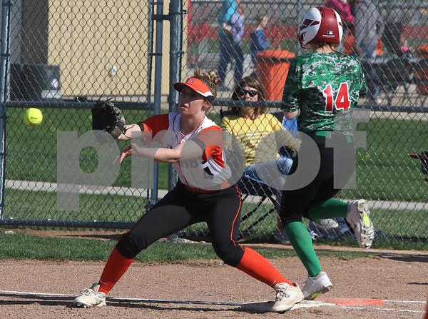 dc.sports.0505.dekalb softball02