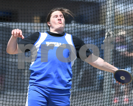Hunter Masur of Hinkley Big Rock competes in the disc on May 5th at the Genoa-Kingston invite.