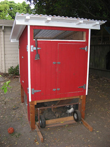 15_chicken_coop_finished