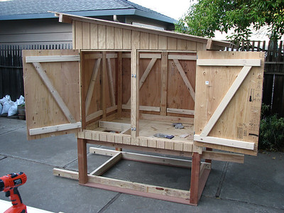 14_chicken_coop_construction