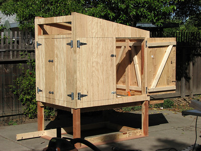 10_chicken_coop_construction