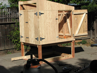 09_chicken_coop_construction