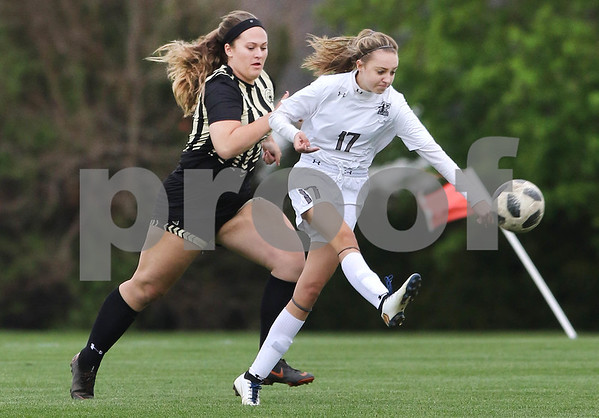 dc.sports.0508.kaneland sycamore soccer01