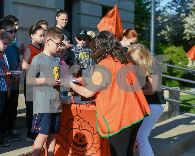dc.0516.pumpkin fest theme05