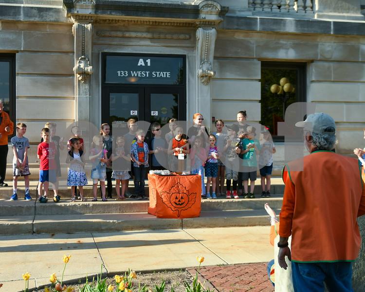 dc.0516.pumpkin fest theme04