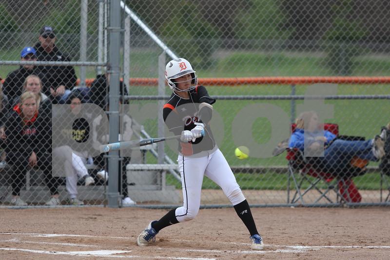 dc.sports.0521.dek softball