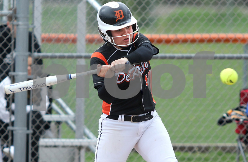 dc.sports.0521.dek softball06