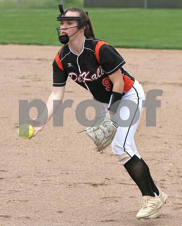 dc.sports.0521.dek softball03