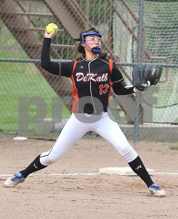 dc.sports.0521.dek softball04
