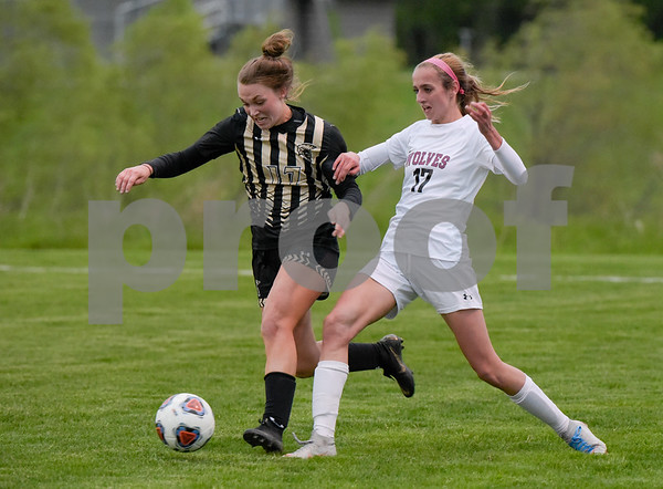 dc.sports.0522.sycamore soccer-1