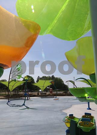 dc.052518.splash.pools.open07