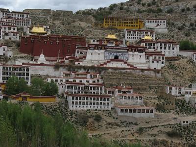 041_tibet_ganden_monastery