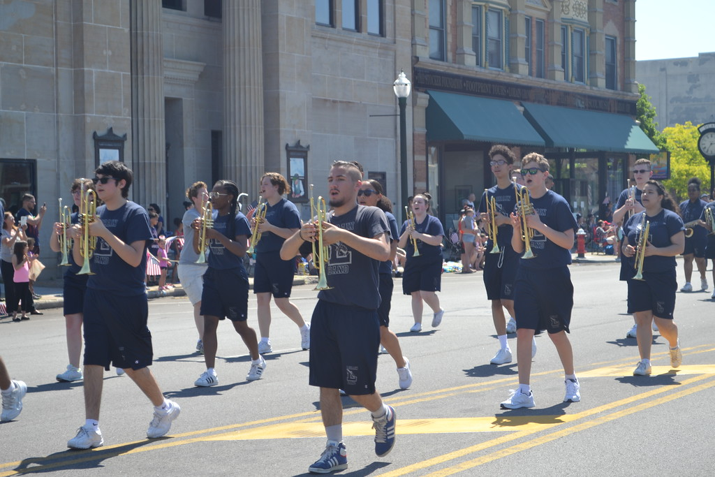 . Keith Reynolds - The Morning Journal <br> Thousands of spectators lined the parade route May 28 to commemorate Lorain\'s Memorial Day parade.