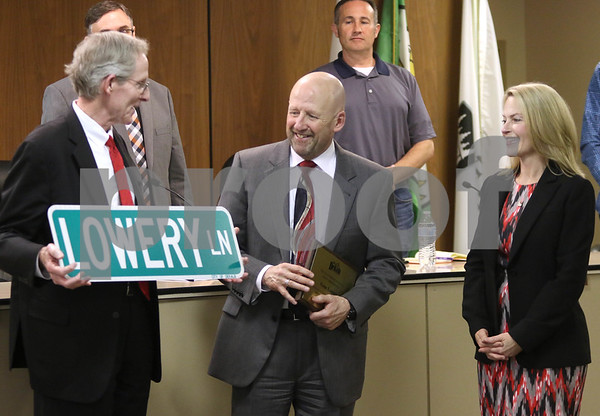 dc.0529.DeKalb city council02