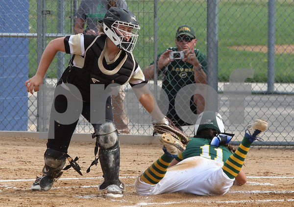 dc.sports.0530.Sycamore Crystal Lake South softball01