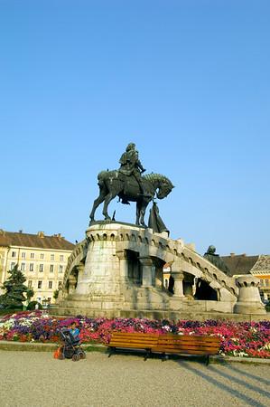 Statue of Matyas Corvinus on Piata Unirii, Cluj-Napoca, Transylvania, Romania