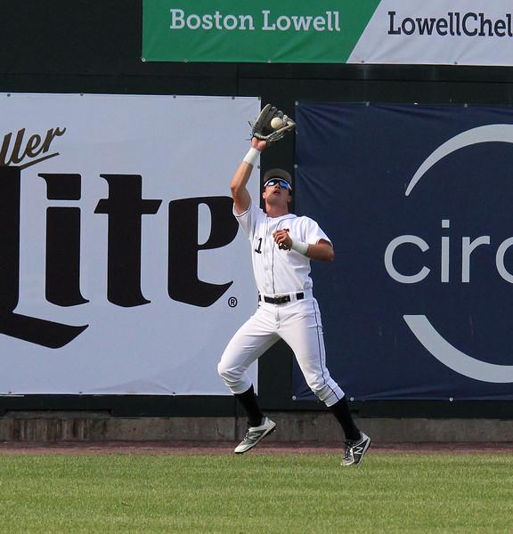 Lowell061718-Owen-baseball Lynnfield11