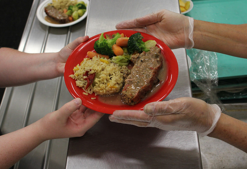 Lynn062618-Owen-plates of food02