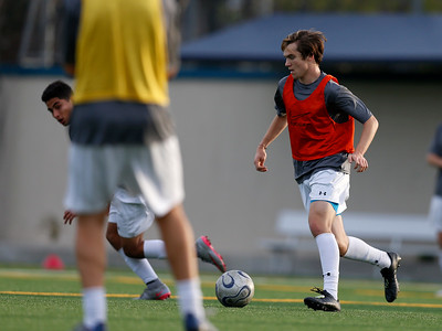 Bellarmine College Prep's Kobe Carr controls the ball during varsity soccer practice on the Bellarmine College Prep soccer field in San Jose, Calif., on Tuesday, Feb. 9, 2016. (Nhat V. Meyer/Bay Area News Group)