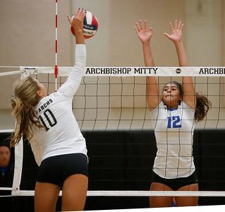 Mitty beats Los Altos in Volleyball regional final