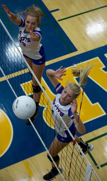 Newark girls' volleyball jamboree