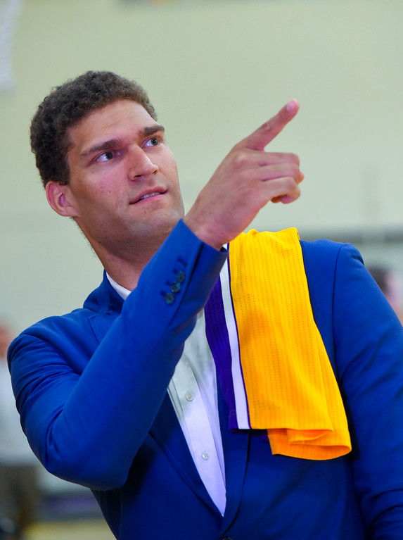 . Lakers new center Brook Lopez points up to the retired jerseys of Laker greats in El Segundo on Wednesday, June 28, 2017. The Lakers acquired Lopez and forward Kyle Kuzma from the Brooklyn Nets in exchange for Timofey Mozgov and D�Angelo Russell. (Photo by Scott Varley, Daily Breeze/SCNG)