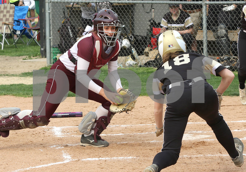 dc.sports.0604.Sycamore Marengo softball04