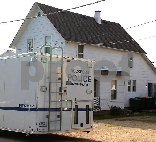 dc.0606.bomb house05