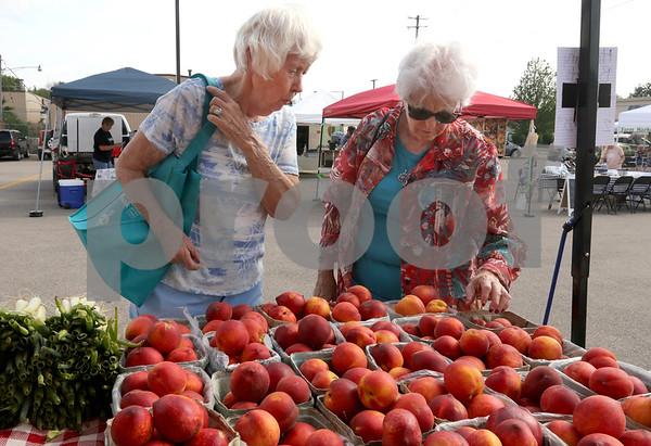 dc.0605.Sycamore Farmers Market03