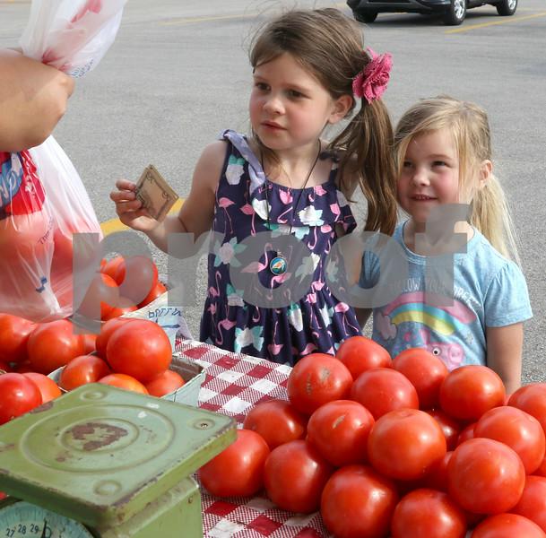 dc.0605.Sycamore Farmers Market02