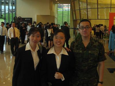 Grad Day 008